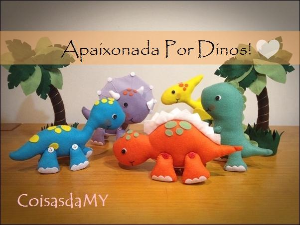 Dinossauro em Feltro Apaixonada